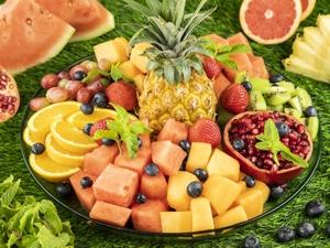 Deluxe Mix Tropical Fruit Platter